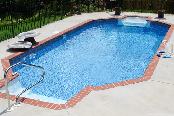 royal-swimming-pools-grecian-pool-shape-with-step