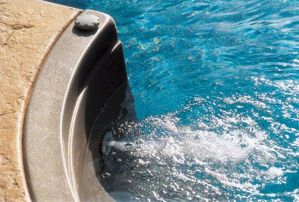 step-jet-royal-swimming-pools