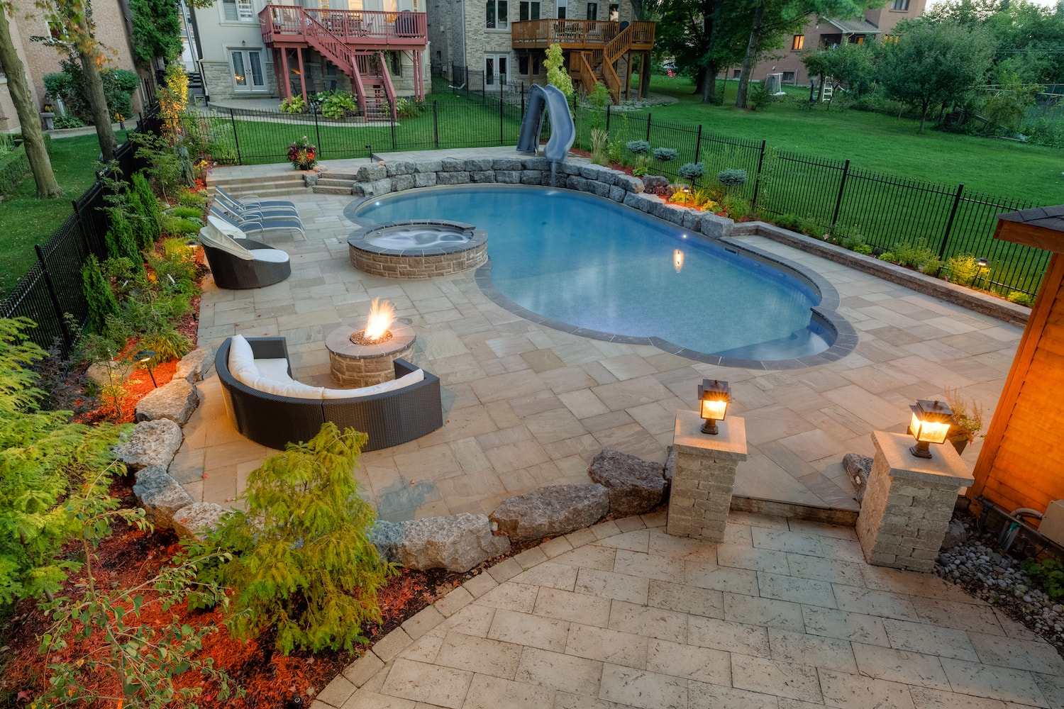 Vinyl Pool vs. Fiberglass Pool vs. Concrete Pool: Advantages and Disadvantages