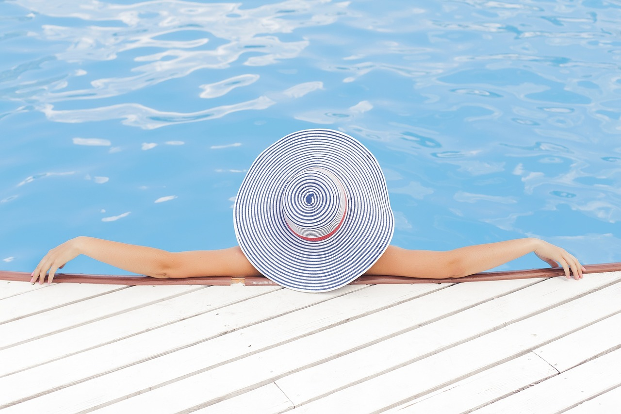 How to heat a pool (without a heater)!